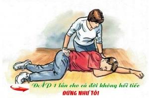 Thuốc tai biến chỉ đắp chân 1 lần duy nhất trong đời