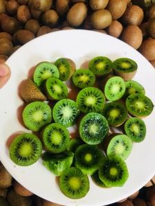 Giá bán trái Kiwi Rừng Tại TPHCM