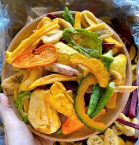Giá bán sỉ trái cây thập cẩm, mít sấy giòn tại tphcm